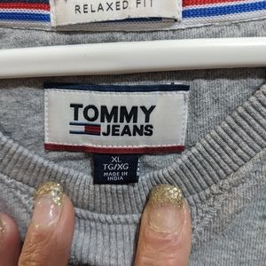 Big over sized Tommy sweatshirt
